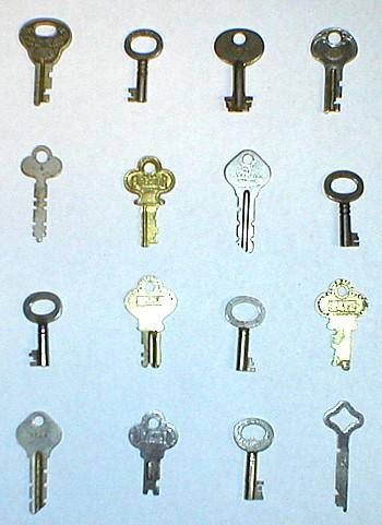 Old steamer trunk keys